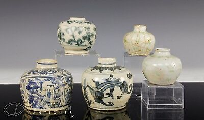 Lot Of 5 Antique Chinese Ming Dynasty Porcelain Jars Jarlets