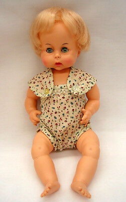 "EA55 Vintage Horsman 15"" Drink & Wet Baby Doll, 1961 thumb sucker, jointed vinyl"