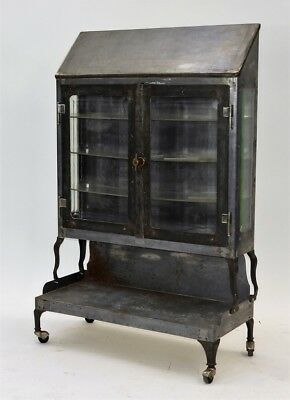 C.1920 American Art Deco Steel Medical Cabinet Lot 251