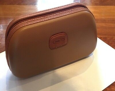 QATAR AIRWAYS Business Class BRIC'S Amenity Kit Tan Never Used Mens, or Womens