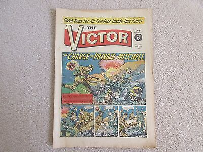 THE VICTOR COMIC No 260 - FEB 12th 1966 - THE CHARGE OF PRIVATE MITCHELL