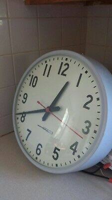 """National time clock 12""""Round excellent condition few scratches"""