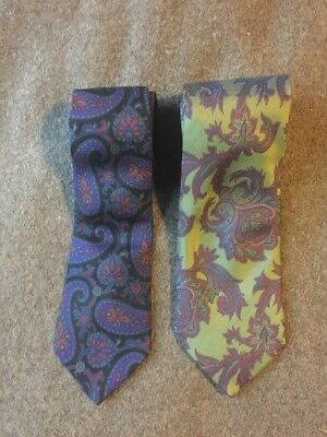 Dunhill Tie Set. 100% Silk. Paisley Pattern.