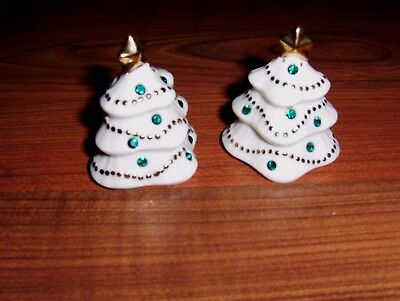 Lenox Christmas Tree Green Rhinestone Salt & Pepper Shakers Gold Trim  2 1/4""