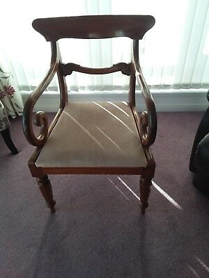 Louis IV reproduction chair