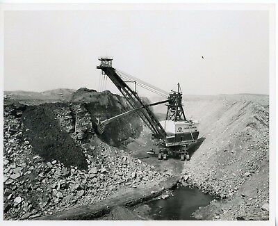 Vintage 8x10 Photo Marion Power Shovel The Mountaineer at Work
