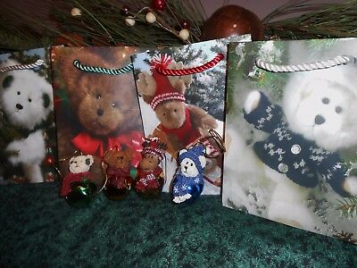 Lot of 4 Boyds Bears Christmas Ornaments & Matching Gift Bags