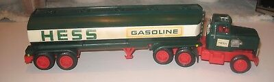Vintage 1977 Hess Tanker Toy Truck great for restorarion or parts...