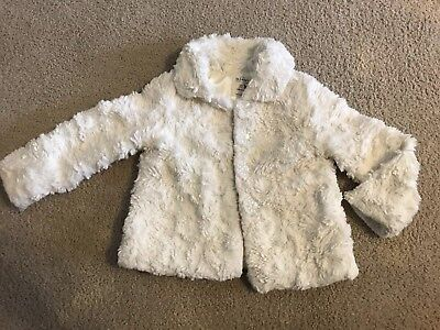 Baby Girls OLD NAVY 3T toddler faux fur button up cream white jacket outerwear