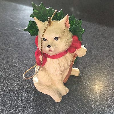 Cat Ornament, Wreath on Neck
