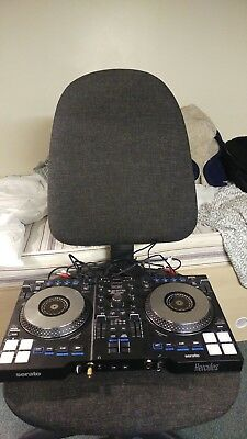 Hercules DJ Control Jogvision with included XLR cables and plug (2 months old)
