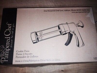 The Pampered Chef Cookie Press 1525 - NIB
