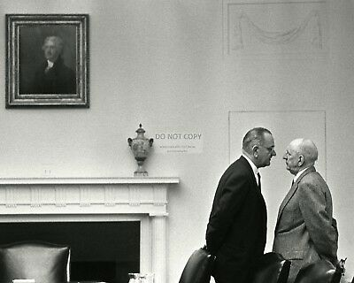 Lyndon Johnson Meets With Senator Richard Russell In 1963 - 8X10 Photo (Op-749)