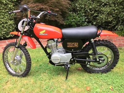 Honda XR75 K3 1976 restored to original.