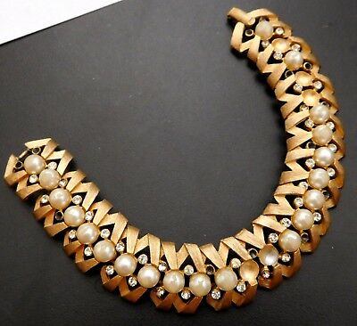 Vintage Trifari Crown Gold Plated Faux Pearl & Crystal Rhinestone Bracelet #633A