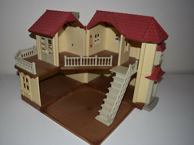 Sylvanian Families Beechwood Hall with working lights