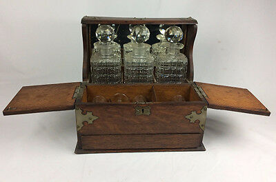 Antique 19th c English tiger Oak wood Tantalus w three decanters & key Liquor
