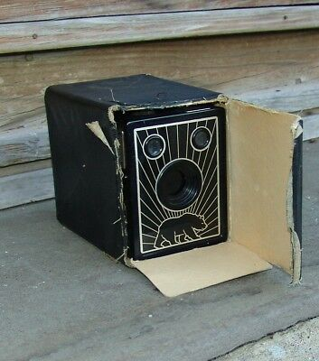 Bear Photo Special Box Camera Working Condition - uses Agfa B2 Film