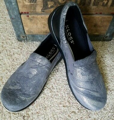 KLOGS women's Gray/Silver Swirl Shimmer slip on clogs Shoes size 7M (7-7.5)