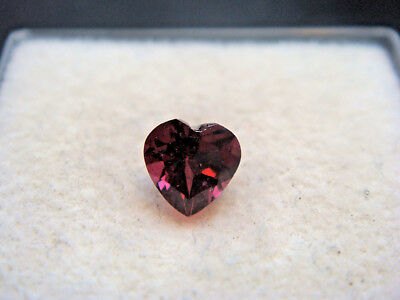 Rhodolite Garnet Gemstone Heart Cut 5 mm x 5 mm 0.55 carat faceted natural Gem