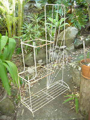 Classic 50s 60s Wire Plant Stand Starburst Detail Retro Vintage Display Shelves