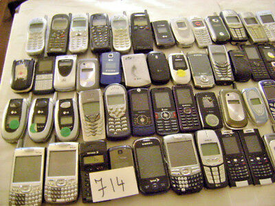 Lot of 65 Cellphones For Scrap And Gold Recovery As Is Lot # 714