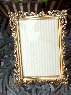 Vintage 4 x 6 Ornate Brass Picture Frame With Convex Glass Wood Back