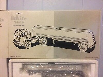 First Gear white 3000 Goodwrench 1953 tanker truck never out of box!!  1996