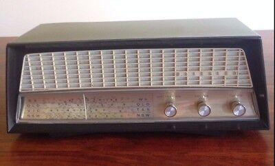 Kriesler Mantle Radio - Model 11-81A