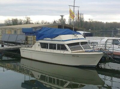 Sportboot Chris Craft 33 Flybridge 10 X 3,80 BJ 1978