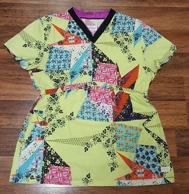 Womens Live Sweet Urbane V-Neck Nurse Scrub Top Patchwork Print •Size S Small