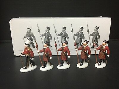 Set Of 5 DEPARTMENT 56 Dickens Village YEOMEN OF THE GUARD Collectible 58397