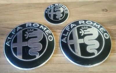 Alfa romeo black/chrome badge emblem set