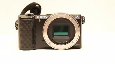 Sony A5000 Mirroless Digital Camera 20.1MP with 16-50mm Lens 32GB Micro SD
