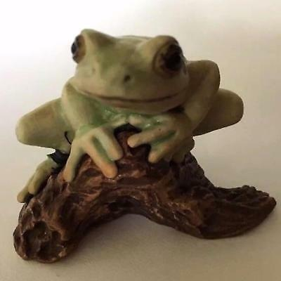 "Vintage Matte Hagen Renaker FROG on Branch 2.25"" Wide Specialty"