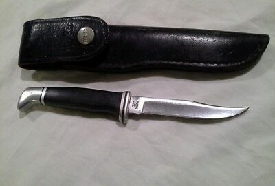 used Vintage Buck 102 straight blade hunting knife with leather sheath