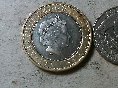 Great Britain 2 pounds 2001 bi-metallic coin