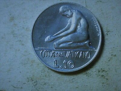 Vatican 10 lire 1978 Praying person