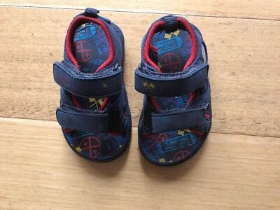 Size 4 Toddler / Kids / Boys Thomas & Friends Sandals