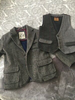 Gorgeous Boys Suit Jacket and waistcoat From Zara Next Age 3-4 Years