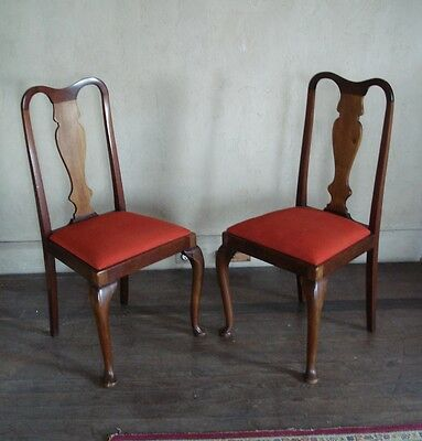 A Good Pair Of Walnut Queen Anne / Georgian Style Dining / Side Chairs