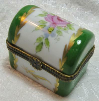 Limoges Genuine French Superb Hinged Hand Painted Trinket Box Collectors Item