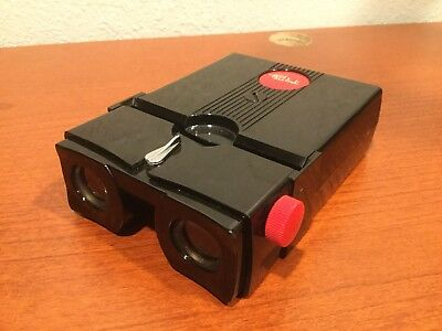 Vintage Working Realist Stereo Red Button Slide Lite Viewer Battery Operated
