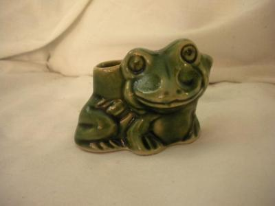 Little Green Frog Toothpick Holder