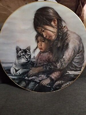 Girl With Little Sister Kee Fung Ng 1981 Children of Aberdeen Collectible Plate