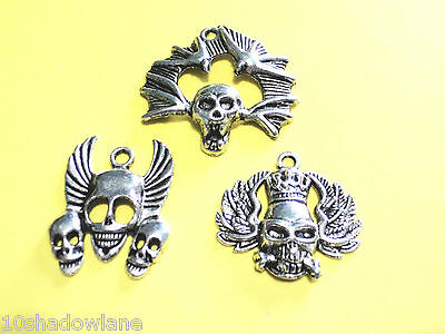 Ladies/Mens Gothic Silver plate Skull charm pendants. 3PC