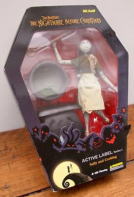 Nightmare Before Christmas - 'sally And Cooking' Figure