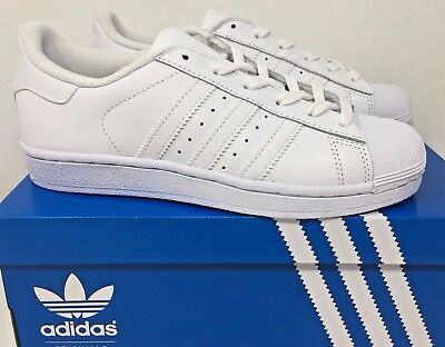 adidas Originals Kid's Superstar Sneakers Youth Junior White Size 4 New In Box