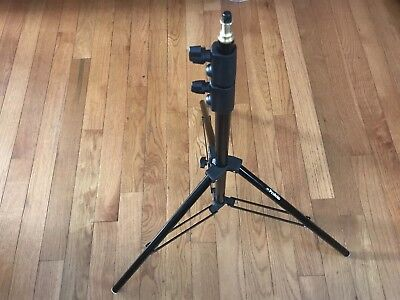 Profoto D1 8' Stand never used Lot of 5.