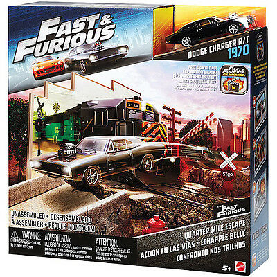 Mattel - Fast and Furious 8 Playset - Quarter Mile Escape - Brand New